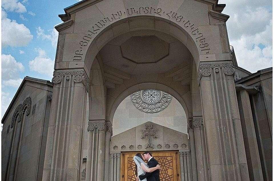 Nicole + Anthony's Wedding Trailer